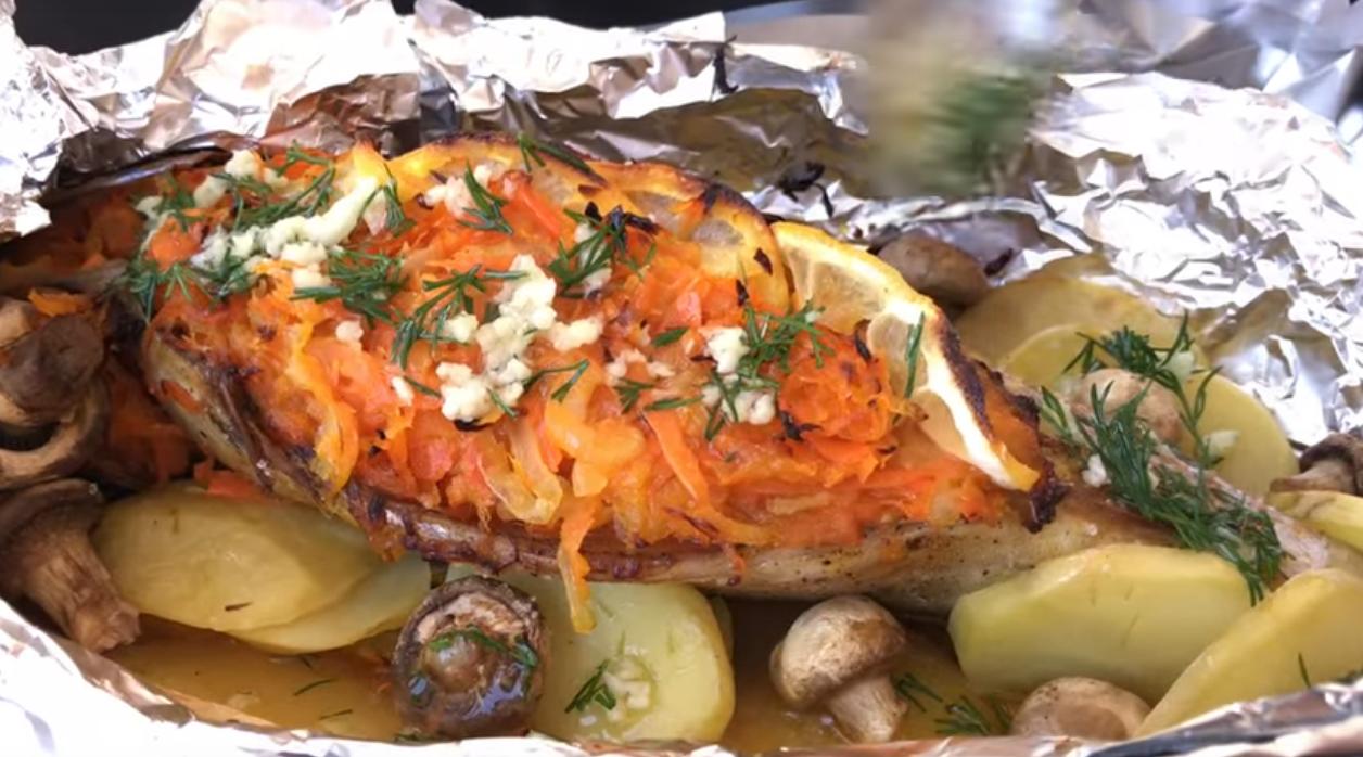 Как запечь рыбу в духовке с картошкой пошагово
