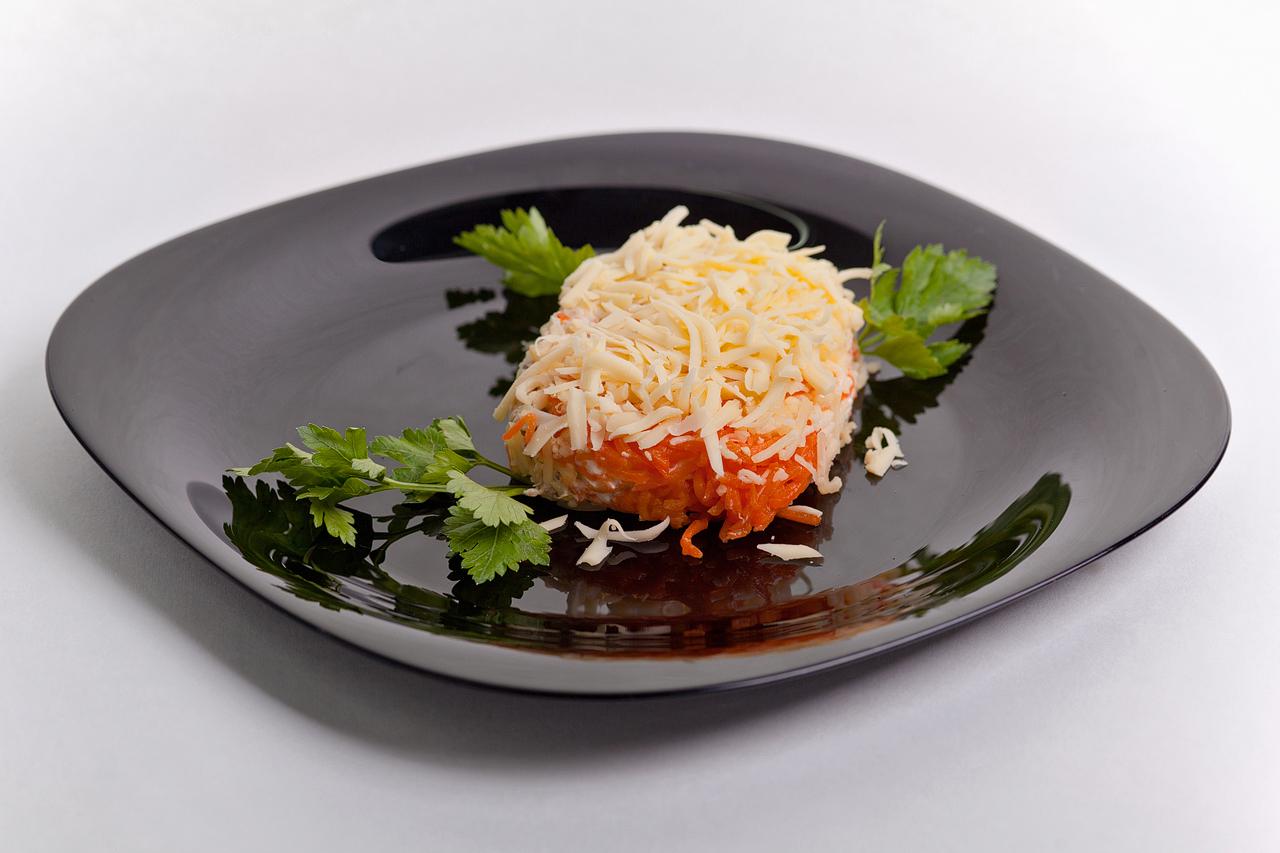 Салат с корейской морковью и копченой курицей рецепты с