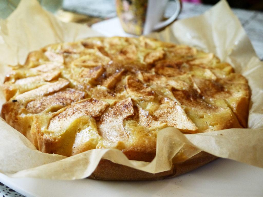 45Шарлотка с яблоками рецепт пошагово в чудо печке