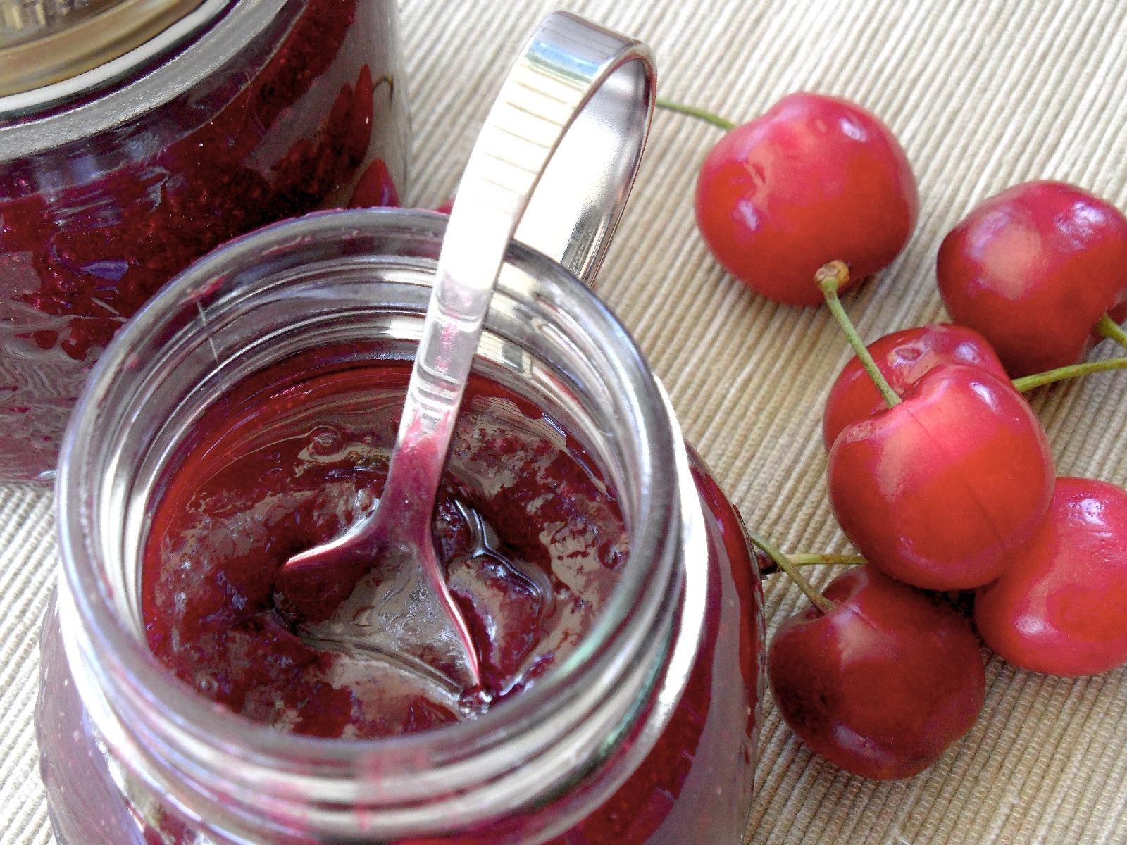 Как приготовить вишневое варенье с