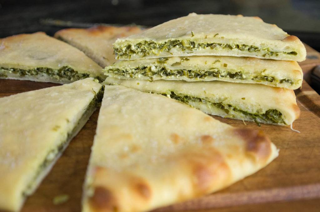 Осетинский пирог с сыром и зеленью рецепт с пошагово в