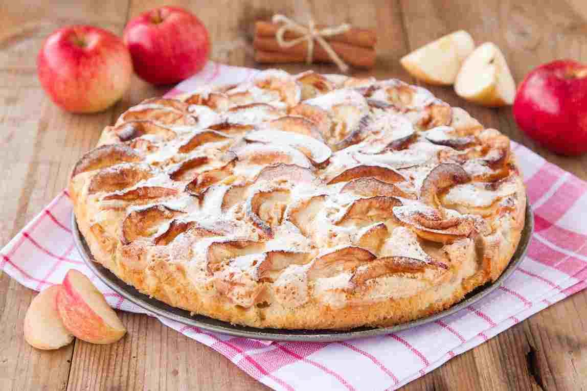Яблочный шарлотка с пошаговым рецептом