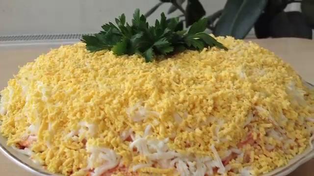 Салат мимоза с отварной горбушей классический рецепт с с